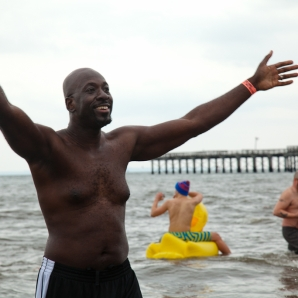 010113_ConeyIsland New Years Day Polar Bear Swim_3511