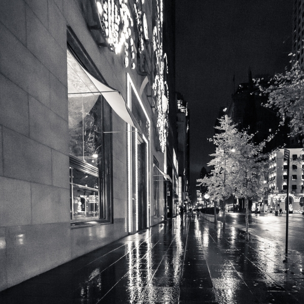 111414_Strolling Fifth Avenue After Midnight_8966