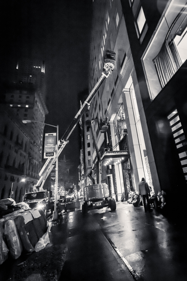 111414_Strolling Fifth Avenue After Midnight_9013